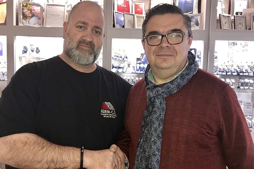 Convenio de colaboración entre ADEM-CG y Joyería Villatoro.